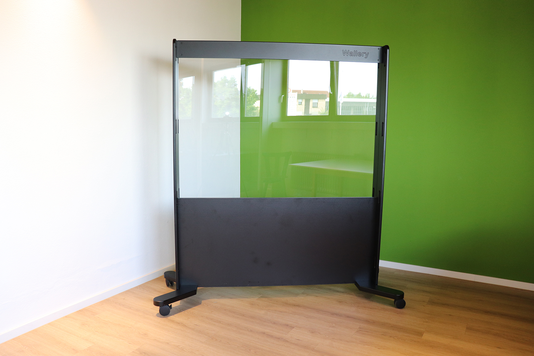 Nr.-6a-schwarz-schwarz-Plexiscreen